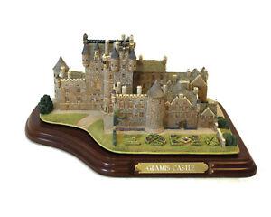 Glamis Castle ( Lilliput Lane )