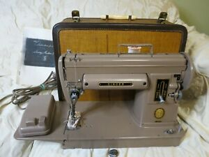 Vintage Singer 301A Long Bed Sewing Machine w/Trapezoid Case + Booklet Very Good