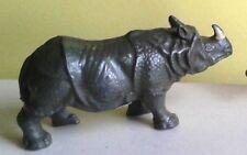 Rhinocéros BF, pas Quiralu ni Starlux   834