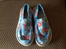 Girls SZ 1 Canvas Sanuks Brand New Without Box, Blue Print half price!