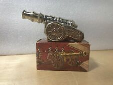 1975 Avon Revolutionary War Cannon Decanter in Box w Spicy After Shave