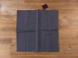 ISAIA Napoli navy blue floral silk pocket square authentic - NWT