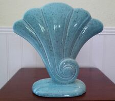 Rare Vintage 1940's Speckled Blue Shell RED WING Vase #892; Made in the U.S.A.