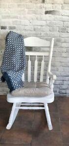 Chaise à bascule en bois massif