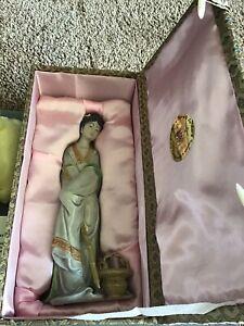 """Vintage Chinese Shiwan Porcelain Sculpture """"Dai Yu"""""""