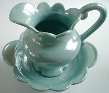 1988'S POT AND BOWL SET **** ENSEMBLE DE POT ET BOL DE 1988