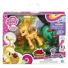 My Little Pony G4 Explore Equestria Kick Motion Figure - Applejack Applebuckin
