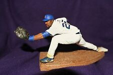 DEREK LEE - McFarlane Baseball - White Cubs Jersey from 3-pack exclusive - LOOSE