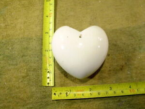 heart as a vase age 1890 excavated Hertwig Fève ancient size 2.6 inch 13162
