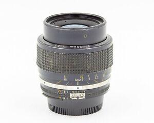 Nikon Zoom Nikkor 28-50mm f/3.5 AI-S Wide Standard Lens
