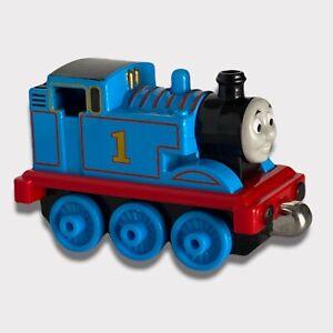 Thomas the Train Metal Die Cast Mattel Thomas Magnetic 2012 R8847