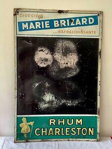 Ancienne PLAQUE TABLEAU PUBLICITAIRE MARIE BRIZARD RHUM CHARLESTON TÔLE EMBOUTIE