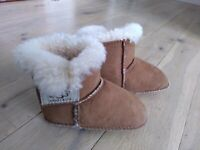Baby UGG Erin Boots S/N 5202 Brown Suede Size M UK 4 EUR 19/20 Age 12-18 Months