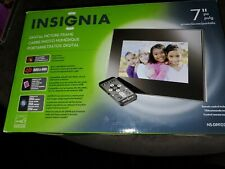 "Insignia 7"" Widescreen LCD Digital Photo Frame NS-DPF0712G black/silver"