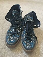ROXY CANVAS TRAINERS BOOTS Black Print  Size 9 Worn Once