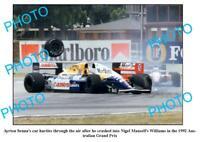 OLD 6 X 4 PHOTO AYRTON SENNA & NIGEL MANSELL CRASHING AT THE 1992 ADELAIDE GP