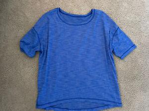 Lululemon Cotton T-Shirt Tee Too Short Sleeve Periwinkle Blue Size 10 Logo