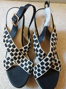Walnut Melbourne Size 40 Natural Black Platform Shoes Heels Wedge