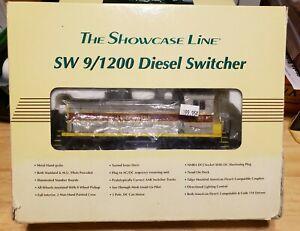 S Scale The Showcase Line 00113 SW-9 Erie Lackawanna #451 Locomotive by S-Helper