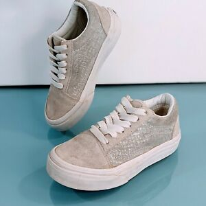 VANS Old Skool Kids Size 10.5 Grey White Suede Lace Up Sneakers Girls Boys Shoes