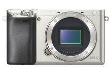Appareils photo numériques argentés Sony