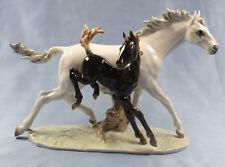 auf der Koppel pferd Porzellanfigur Hutschenreuther porzellan figur fohlen
