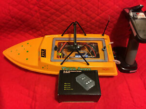 NQD YELLOW RTR BRUSHLESS RC JET WATERCOOLED BOAT 11.1 VOLT 3S **SUPER FAST**