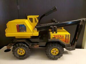 Vintage 1980s Mighty Tonka Turbo-Diesel Pressed Steel Backhoe Excavator XMB-975