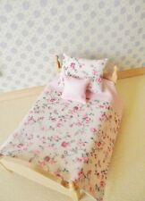 MINIATURE DOLLS HOUSE BEDDING SET FOR A 12TH SCALE SINGLE BED CREAM  PINK FLORAL