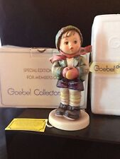 """Goebel M.IHummel """"IT'S COLD"""" #421 Special Edition #6 Collector's Club 1981w/ box"""