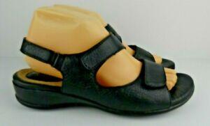 Clarks Artisan Womens Size 9M Black Leather Adjustable Hook Loop Sandals