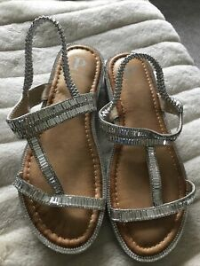 PIA ROSSINI Freya SILVER WEDGE SANDALS WITH DIAMANTE Size 7 New