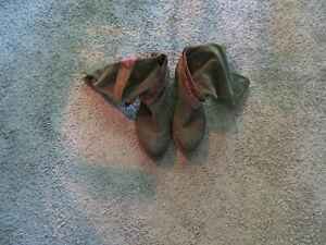 Stiefel Wildleder grün Größe 41 MoMA Italien
