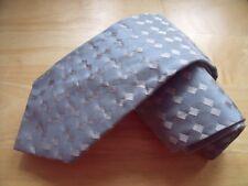 KR800 Yves Saint Laurent Krawatte 100% Seide Hellblau Silber Karo 142cm Neuw.