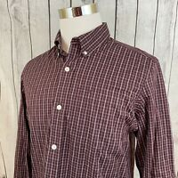 Duluth Men's Wrinkle Fighter Trim Fit Maroon Plaid Long Sleeve Button Shirt M