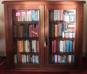 Quality Victorian Bookcase - Beautiful Cedar display cabinet - 19th Century