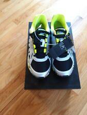 EA7 EMPORIO ARMANI  Vigor Training Sneakers US 10.5 $220