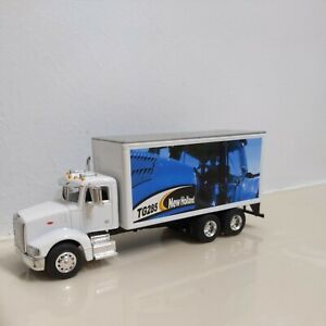 1/64 Spec Cast New Holland Peterbilt Parts Delivery Truck
