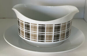 Harmony House Highlander 3909 Gravy Boat with Attached Plate Black & Tan Checker