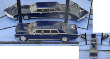 Lincoln Continental limousine couverte, 1/43 Ixo, antenne cassée,