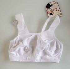 (bra007) brand new shock absorber womens white sports bra BNWT size 30d