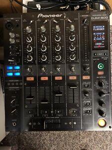 Pioneer DJM 800 Professional Mixer