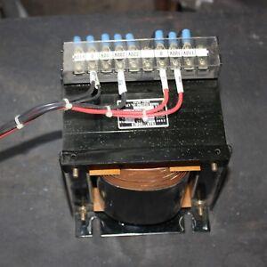 TAKAGI TT-700 200-220V Primary 100-110V Secondary 0.7KVA Step Down Transformer