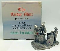 Myth & Magic Tudor Mint Pewter Figurine Tolkien Hobbit Barrels Out of Bond 16