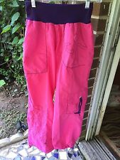 NWOT Authentic ZUMBA Wear Logo Cargo Pink/purple pants sz.M