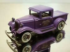 UNIVERSAL HOBBIES 1932 FORD PICK UP - PURPLE 1:43 - EXCELLENT - 6