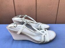 EUC GEOX 39 US 8.5 WHITE LEATHER OPEN TOE STRAPPY WEDGE HEEL SANDALS A7