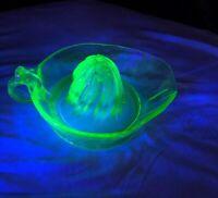 """Large 8"""" Vintage Green Vaseline Glass Grapefruit? Reamer / Juicer Uranium Glass"""