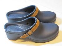 Crocs Sarah Clog Mule Duel Comfort Navy blue 20631 standard fit Womens W 8 W8