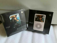 Apple iPod Video 5th Gen 30GB Black White with New Battery Sealed Box